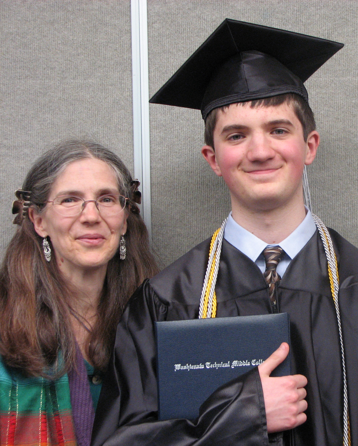 Gemini blog helen standing with daniel at his high school graduation malvernweather Images